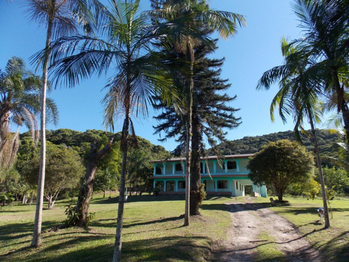 Clínica de Recuperação Evangélica Antonina no Paraná Feminina